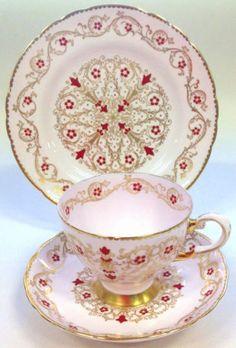 Tuscan-Rare-China-Tea-set-Tea-cup-Saucer-Plate-Trio-Vintage-Pink-Gold