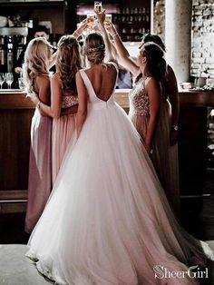 Wedding Ceremony Pictures, Wedding Picture Poses, Wedding Poses, Wedding Make Up Pictures, Barn Wedding Photos, Bride Pictures, Funny Wedding Photos, Wedding Images, Perfect Wedding