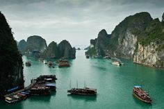 """Ha Long Bay (also """"Halong Bay"""") is in northern Vietnam, 170 km mi) east of … – Winter Wonderland Hanoi, Places Around The World, Around The Worlds, Places To Travel, Places To Go, Vietnam, 7 Natural Wonders, Pirates Cove, Ha Long Bay"""