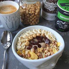 Guten Morgen zusammen  Das im #Superhirn enthaltene Eisen aus Soja und Haferflocken dient als Sauerstofftransport zum Gehirn und für den Neurotransmitterstoffwechsel  #fitmealsfact