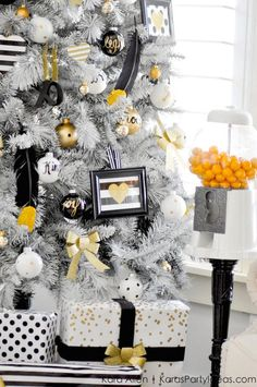 Today I'm going to show you how I made some of the ornaments from my Black, White & Gold Michaels Dream Tree this year! If you haven't seen our Dream Trees yet, stop by The Glue String to see all 30 – they will blow you away! You can help spread some holiday cheer by sharing a photo of my dream tree or any trees that inspire you this year on Facebook, Twitter or Instagram, tag your friend, use the hashtag #TagATree and encourage them to do the same! All Michaels stores are hosting a Holiday…