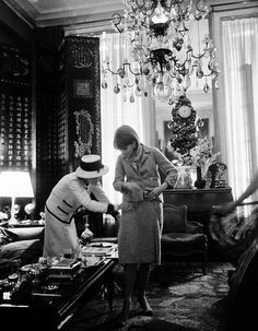 Coco Chanel in her Paris apartment (photograph by Douglas Kirkland/Mark Shaw)
