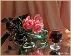 Glass Vase, Table Decorations, Furniture, Home Decor, Decoration Home, Room Decor, Home Furnishings, Home Interior Design, Dinner Table Decorations