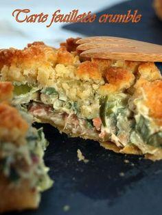Tarte feuilletée crumble au poireau, saumon et crevette | Dans vos assiettes