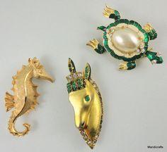 #Brooch x 3 Turtle Pony Seahorse Pins Rhinestones Enamel Figural unsigned Vintage