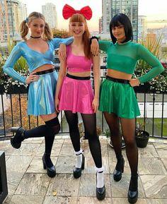 Riverdale Funny, Riverdale Memes, Riverdale Cast, Vanessa Morgan, Powerpuff Girls Halloween Costume, Camila Mendes Riverdale, Riverdale Poster, Best Celebrity Halloween Costumes, Trendy Halloween