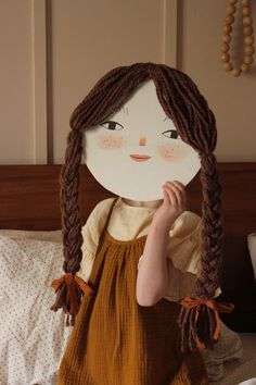 Make a Cardboard Face Portrait - Mer Mag Craft Activities For Kids, Diy Crafts For Kids, Projects For Kids, Fun Crafts, Art Projects, Arts And Crafts, Paper Crafts, Costume Carnaval, Crafty Kids