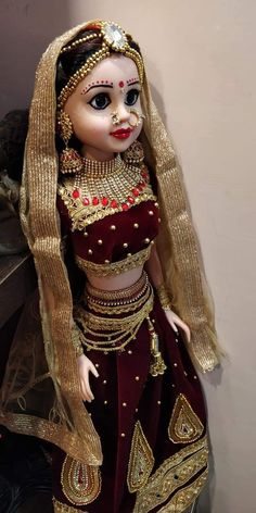 Indian Wedding Favors, Indian Wedding Bride, Indian Bride And Groom, Barbie Gowns, Barbie Dress, Barbie Decorations, Barbie Bridal, Homemade Dolls, Art And Craft Videos