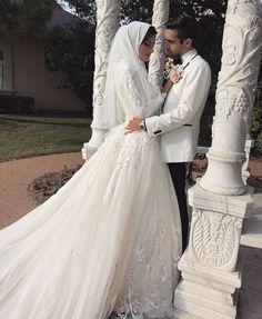 Hijab + Bride (hudakawsara) Hijab Bride, Lace Wedding, Wedding Dresses, Modest Fashion, Muslim, Fashion Inspiration, Outfits, Bride Dresses, Bridal Gowns