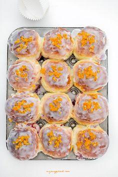 Słodkie pączkowe bułeczki / Sweet doughnut buns Doughnut Bun, Doughnut Muffins, Baked Donuts, Doughnuts, Exotic Food, Polish Recipes, Mini Foods, Sweet Recipes, Cookie Recipes