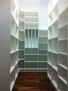Bella Systems Creates Beautiful Custom Pantry Closets in New Jersey