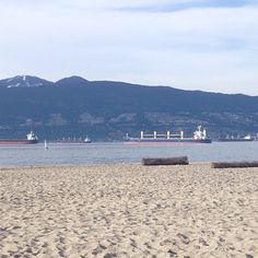 Our favourite spots in vancouver | the beach #vancouver #sand #mountains #sun #Padgram