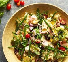Mandarin Pasta Spinach Salad