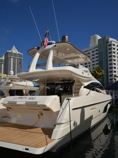 Ferretti #Yachts on display at the #MiamiBoatShow 2015, 12-16 Feb 2015. #luxury #ferretti #yacht #MadeInItaly #Mybs2015