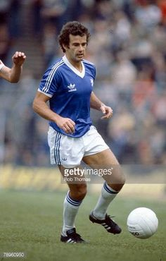 circa 1979 Malcolm Page Birmingham City defender 19641980 Retro Football, Football Kits, Football Soccer, Football Players, Trevor Francis, Birmingham City Fc, Stock Pictures, Royalty Free Photos, Blues