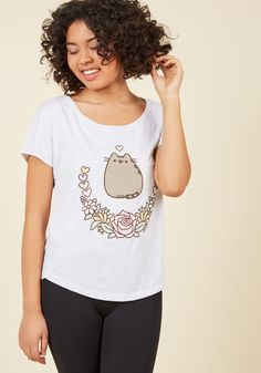 Keep Pusheen Your Luck T-Shirt. Your discovery of this grey Pusheen T-shirt will feel like pure fortune! #white #modcloth