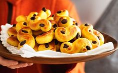 A Swedish lussebullar recipe for Sankta Lucia Day, Dec 13