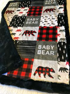 New baby boy country nursery families Ideas Bear Blanket, Easy Baby Blanket, Baby Boy Rooms, Baby Boy Nurseries, Boy Nursey, Baby Bedroom, New Baby Boys, Toddler Boys, Baby Baby
