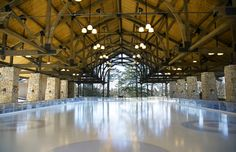 A Cozy Winter Weekend in Upstate New York | Ice Skating at Mohonk Mountain House | FATHOM #mohonk #winter #skating #cozy #getaway