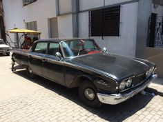 Lincoln car in the streets of Havana Cuba