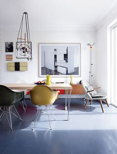 Colourful living space via Keltainen talo rannalla