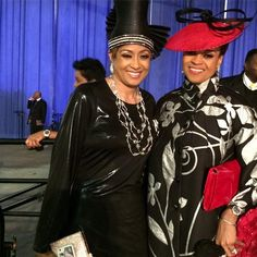 Dorinda Clark Cole & Karen Clark Sheard attend COGIC Women's Convention, May 2015 Ladies Hats, Hats For Women, Karen Clark, Church Attire, Church Fashion, Elegant Lady, Church Hats, Black Outfits, Fashion Hats