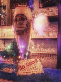 Siamo OVVIAMENTE aperti e vi aspettiamo per bere e mangiare di QUALITÁ!!! PS.... attaccata una Pils di Lariano, La Grigna, semplicemente PERFETTA :O Sbrigateviiiiiiiii #sogood #roma #aventino #circomassimo #craftbeer #gourmetfood #beer #ontap #taplist #pils #birrificio #lariano