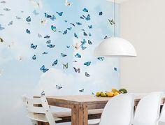 Zwerm vlinders | Behang op maat | Naturalis Originals - Behang, muurposters en decoratie op basis van de natuurhistorische collectie van Naturalis Biodiversity Center.