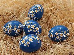 Easter Arts And Crafts, Easter Egg Crafts, Eastern Eggs, Egg Tree, Easter Egg Designs, Ukrainian Easter Eggs, Coloring Easter Eggs, Egg Decorating, Ideas