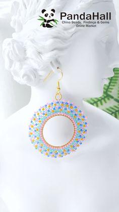 Diy Earrings Easy, Seed Bead Earrings, Seed Beads, Circle Earrings, Wire Crafts, Bead Crafts, Jewelry Crafts, Diy Schmuck, Schmuck Design