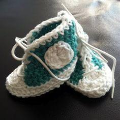 Crocheted Baby Chucks #Converse