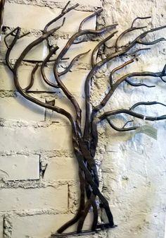 Métal, Arbre plié par le vent, fer forgé est une création orginale de artisticwroughtiron sur DaWanda