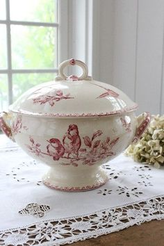 Red transferware (Maddy and Summer)