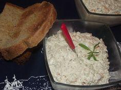 Ridiche neagra cu sos de maioneza si iaurt Chorizo, Romania, Good Food, Clean Eating Foods, Eat Right, Yummy Food