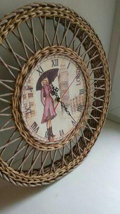 Плетение из газет! - Страница 14 Newspaper Basket, Newspaper Crafts, Handmade Rugs, Handmade Crafts, Paper Basket Weaving, Straw Crafts, Paper Furniture, Recycled Magazines, Cardboard Paper