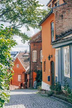 Who said Oslo has to be expensive? Save your money with these 22 absolutely free things to do in Oslo, Norway you shouldn't miss! The Places Youll Go, Places To See, Norway House, Norway Oslo, Norway City, Visit Oslo, Haus Am See, Norway Travel, Free Things To Do