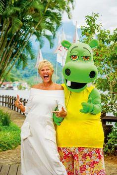 O mundo mágico de Xuxa invade a Ilha de Caras
