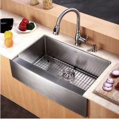 Stainless Steel Farmhouse Sink With Backsplash