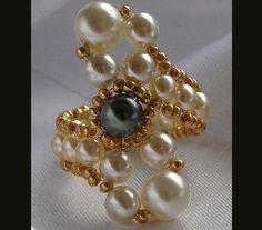 DIY Luxurious Pearl Beaded Ring