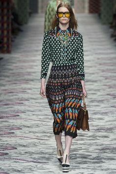 Gucci Spring 2016 Ready-to-Wear Fashion Show - Julia Hafstrom