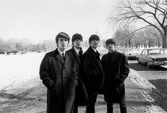 """beatle-quotes: """""""" Hai mai sentito parlare di Walter Cronkite? """"Paul:"""" No """". George:"""" Sì.  Notizie. """"John:"""" Buon vecchio Walter!  NBC News, non è lui?  Sì, lo conosciamo.  Vedere?  Non mi prendi! """"Reporter: (correggendo)"""" CBS News. """"Ringo:"""" CBS ..."""