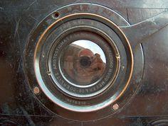 Hugo Meyer Goerlitz, Aristostigmat F:5,5  nr.1a  F=135mm lens on Romain Talbot Berlin, Errtee Reflex (1920), 9x12cm SLR camera. by Grard V., via Flickr
