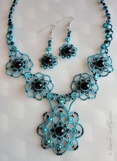 Turquoise tatted set with black beads by Marilee Rockley