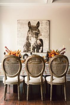 I love this Southern #Thanksgiving table...it's such a sophisticated look! From http://waitingonmartha.com/a-southern-thanksgiving/  Photo Credit: http://rusticwhitephotography.com/