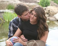 #engagementpictures #kisses