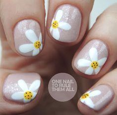 Nails for kids, nail art for girls, girls nails, nail art kids Daisy Nail Art, Daisy Nails, Flower Nail Art, Cute Nail Art, Cute Nails, My Nails, Nail Art For Girls, Nails For Kids, Girls Nails