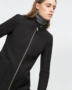 Image 2 of COAT WITH CENTRAL ZIP from Zara
