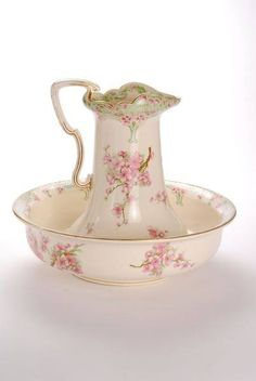 Very Pretty Wash Bowl and Pitcher Set