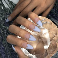 31 Looks: Nails for Valentine's Day > CherryCherryBeauty.com Source: domblackfilenails / Instagram