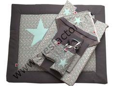 Babykamer aankleding mintgroen, grijs wafeldoek met ster acccent